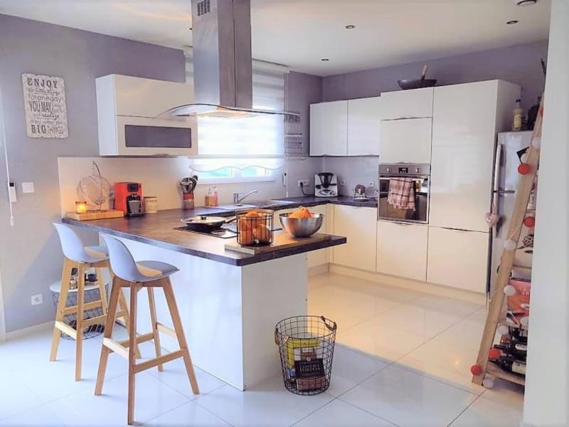Sale house / villa Marnaz 298000€ - Picture 1