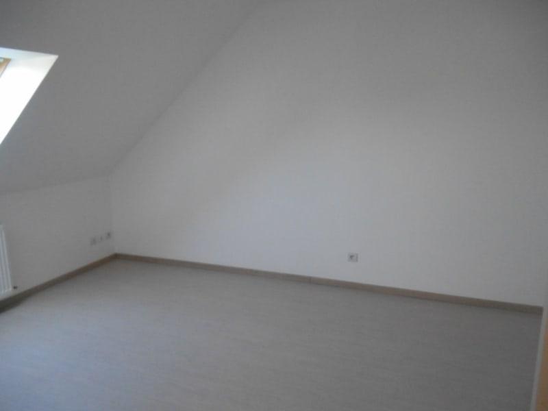 Rental house / villa Homblieres 888€ CC - Picture 3
