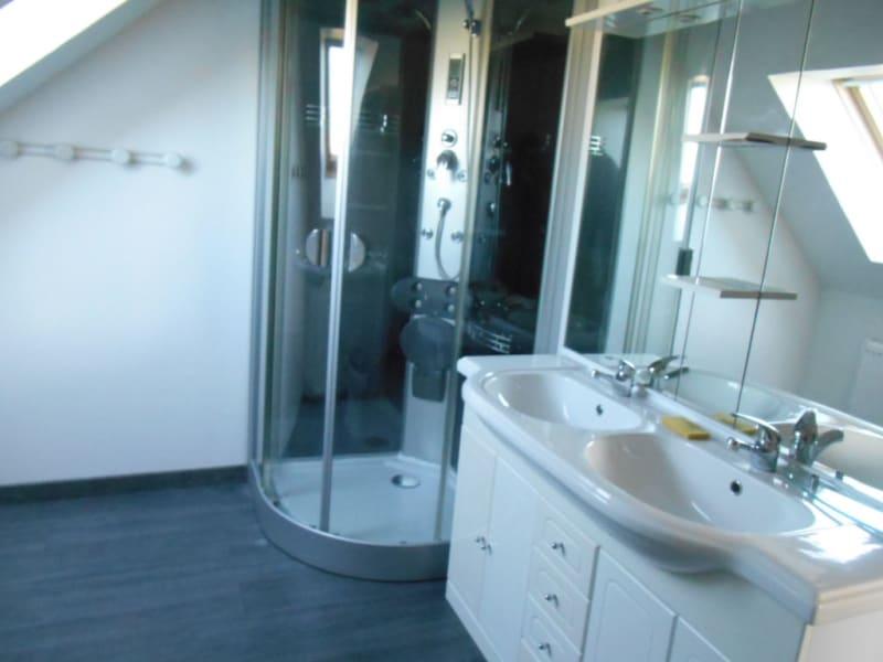 Rental house / villa Homblieres 888€ CC - Picture 6