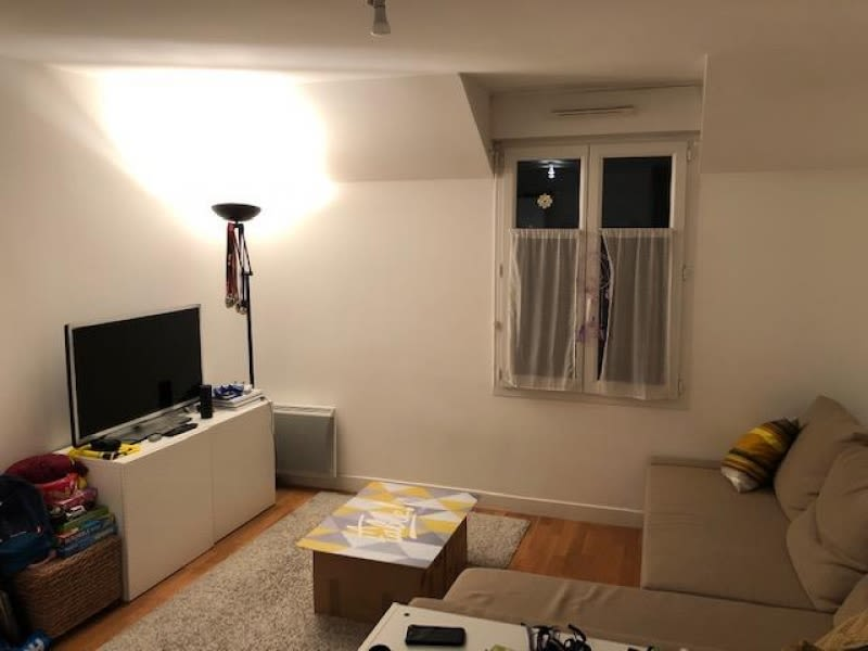 Rental apartment Bievres 810€ CC - Picture 3