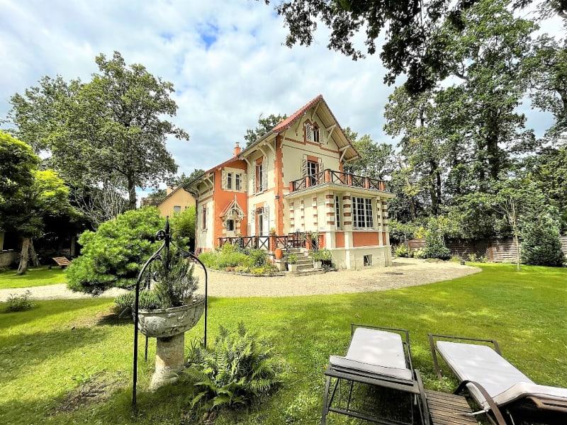 Vente maison / villa Beauchamp 988000€ - Photo 1