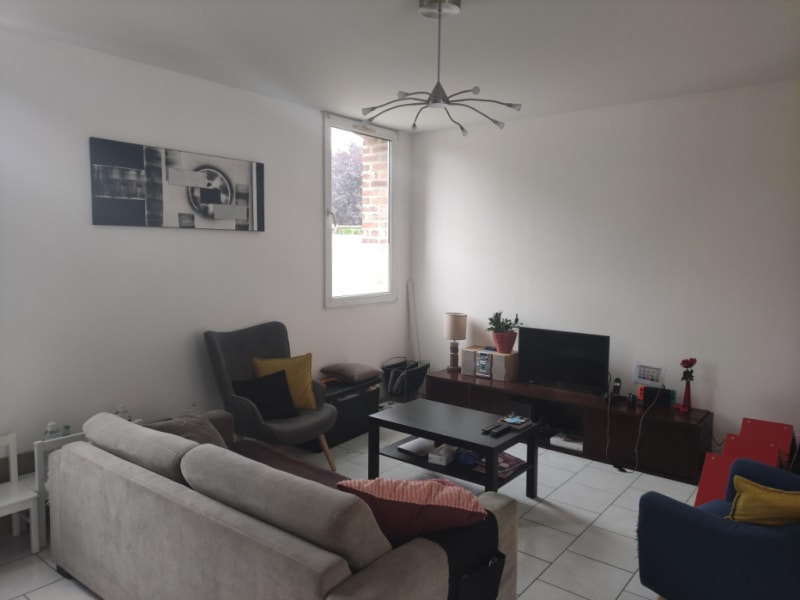 Rental apartment Sailly sur la lys 658,93€ CC - Picture 2