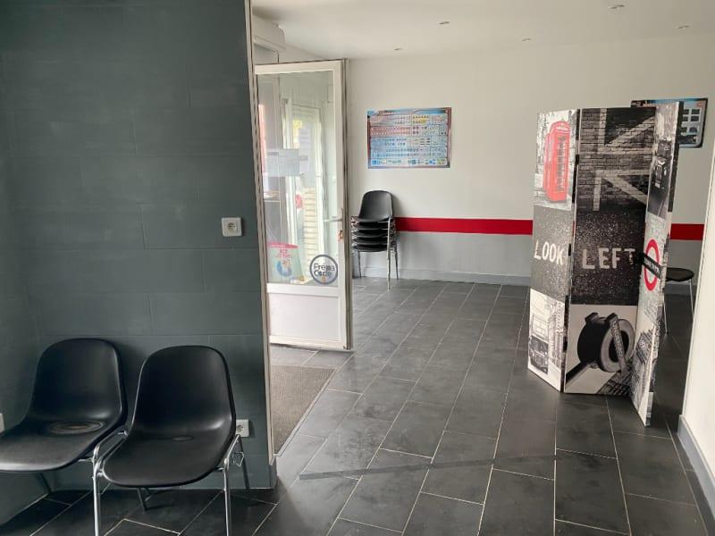 Rental empty room/storage Fleurbaix 635,58€ HC - Picture 3