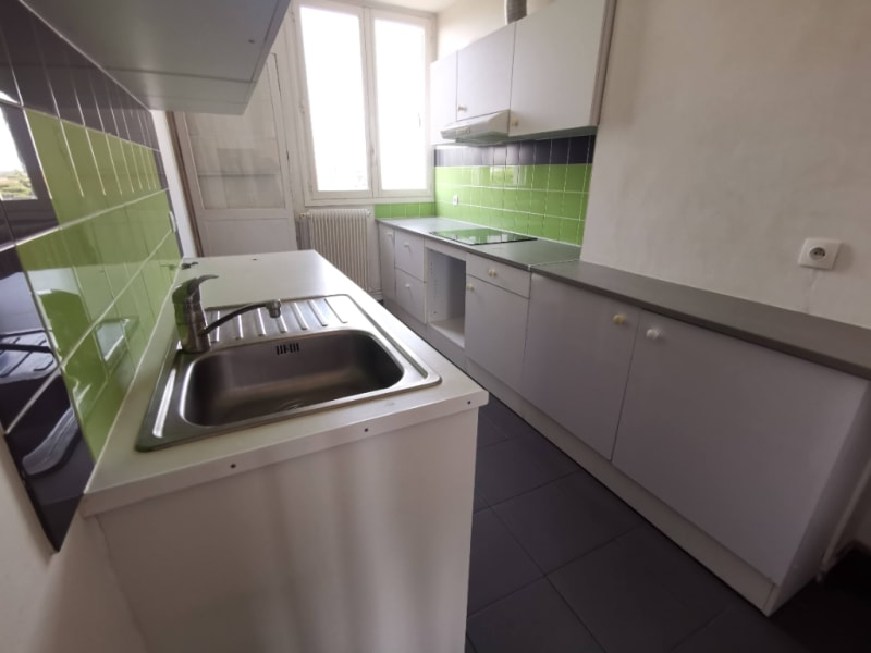 Sale apartment Athis mons 194900€ - Picture 2