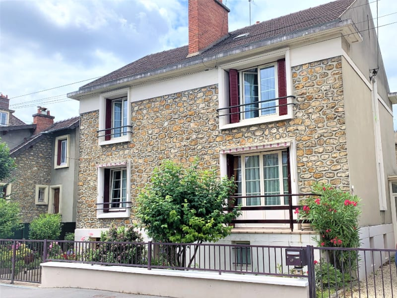 Sale apartment Athis mons 252000€ - Picture 1