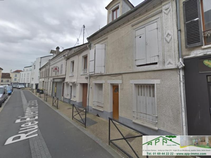 Sale apartment Athis mons 109900€ - Picture 1