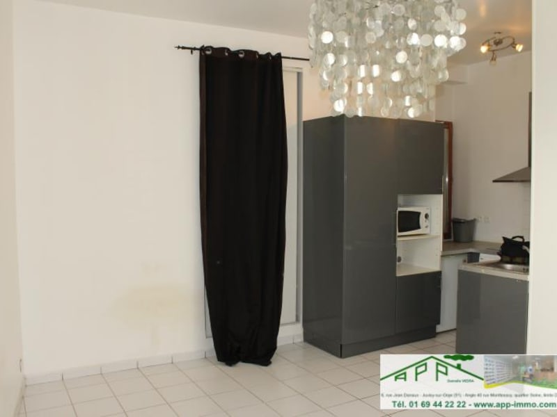 Sale apartment Athis mons 109900€ - Picture 2