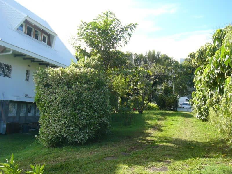 Rental house / villa Ste clotilde 1700€ CC - Picture 2