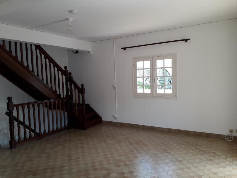 Rental house / villa Ste clotilde 1700€ CC - Picture 6