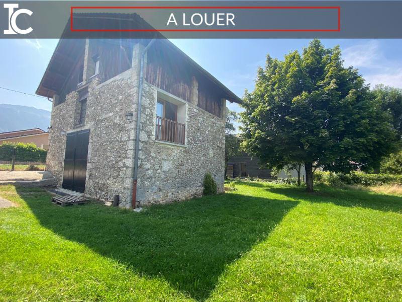 Rental house / villa St etienne de crossey 1100€ CC - Picture 1
