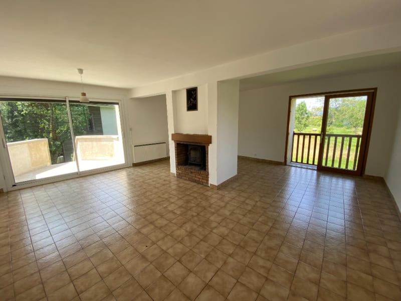 Rental house / villa St etienne de crossey 1100€ CC - Picture 3