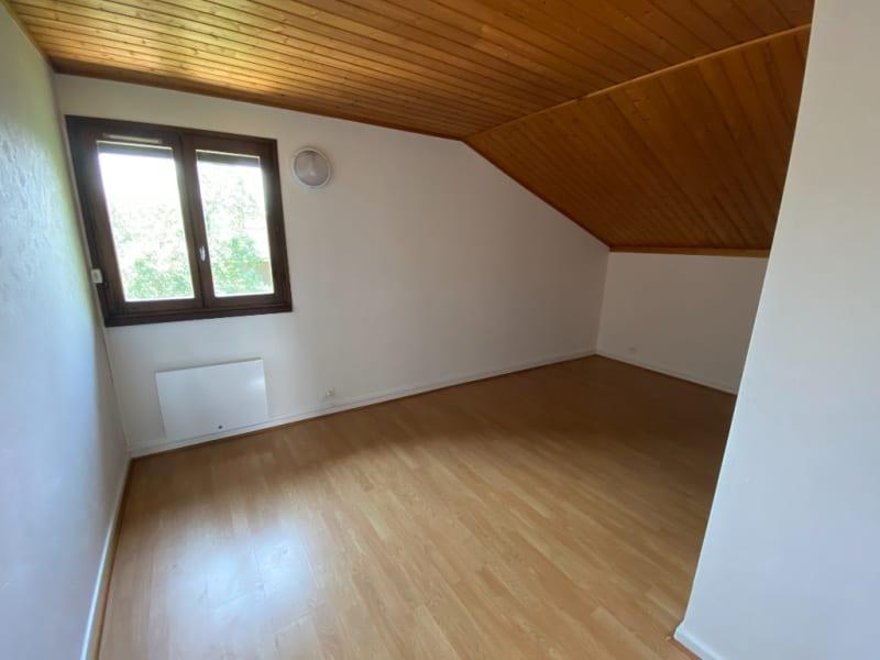 Rental house / villa St etienne de crossey 1100€ CC - Picture 4