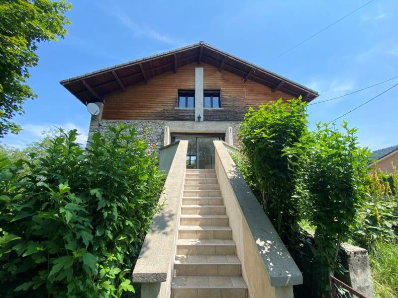 Rental house / villa St etienne de crossey 1100€ CC - Picture 7