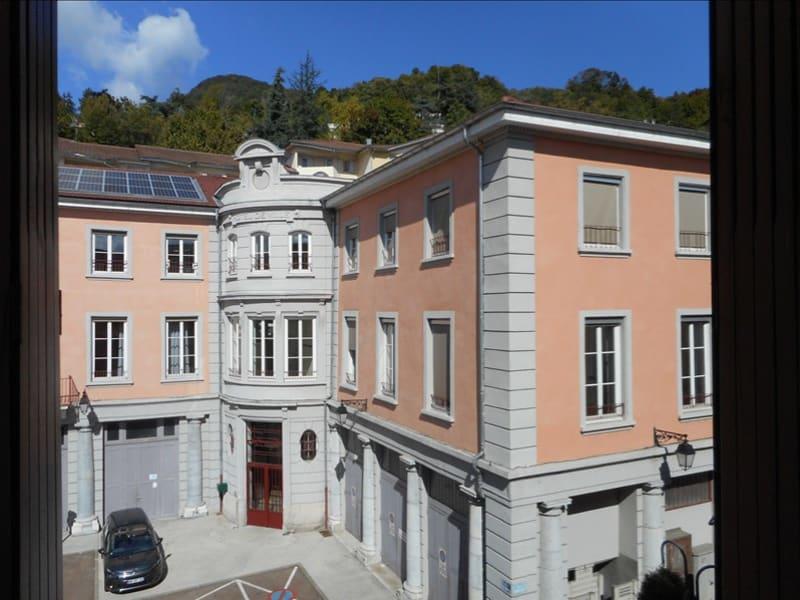 Rental apartment Voiron 291€ CC - Picture 5