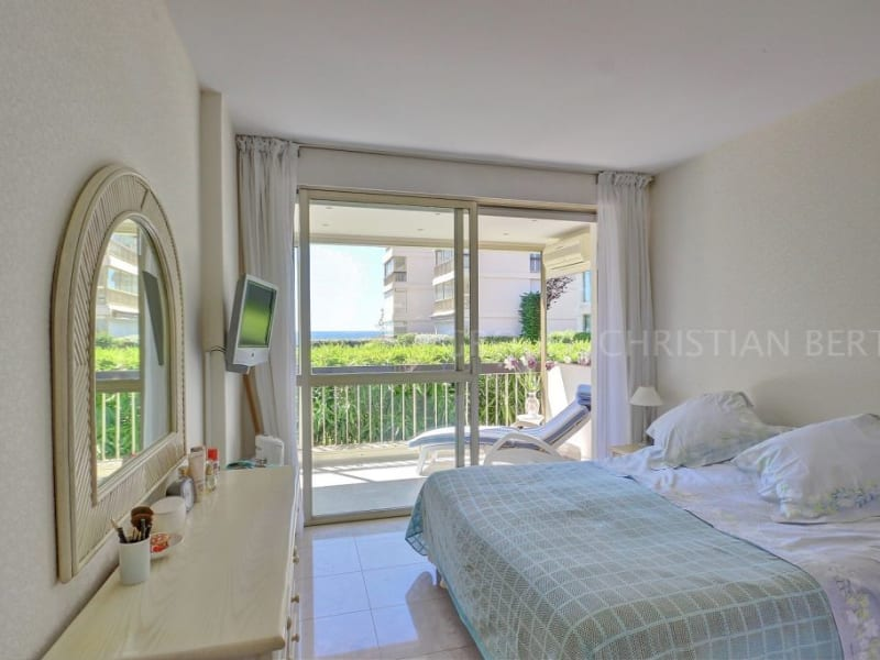 Sale apartment Mandelieu la napoule 675000€ - Picture 4