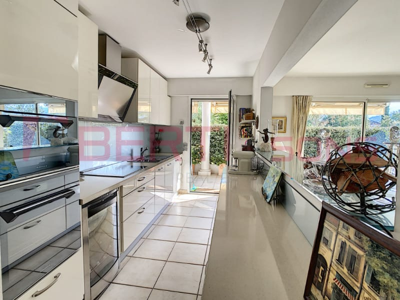 Sale apartment Mandelieu 695000€ - Picture 8