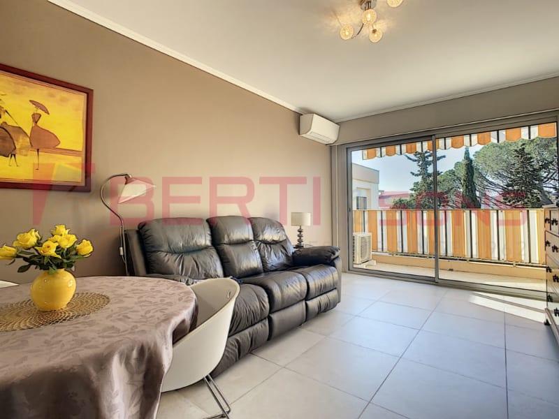 Sale apartment Mandelieu la napoule 298000€ - Picture 2