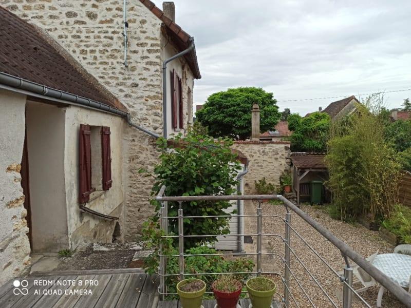 Sale house / villa Moisson 249000€ - Picture 2