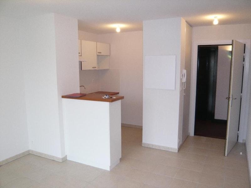Location appartement Castelginest 510€ CC - Photo 4