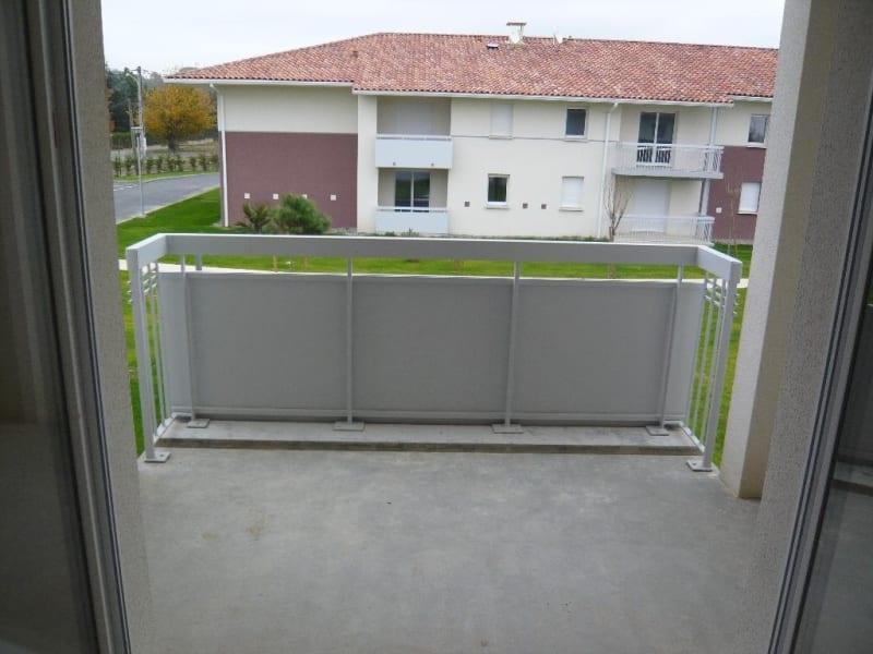 Location appartement Castelginest 510€ CC - Photo 9