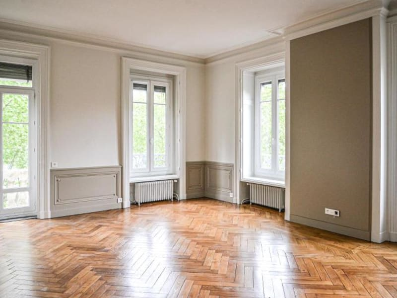 Location appartement Lyon 6ème 2480€ CC - Photo 1