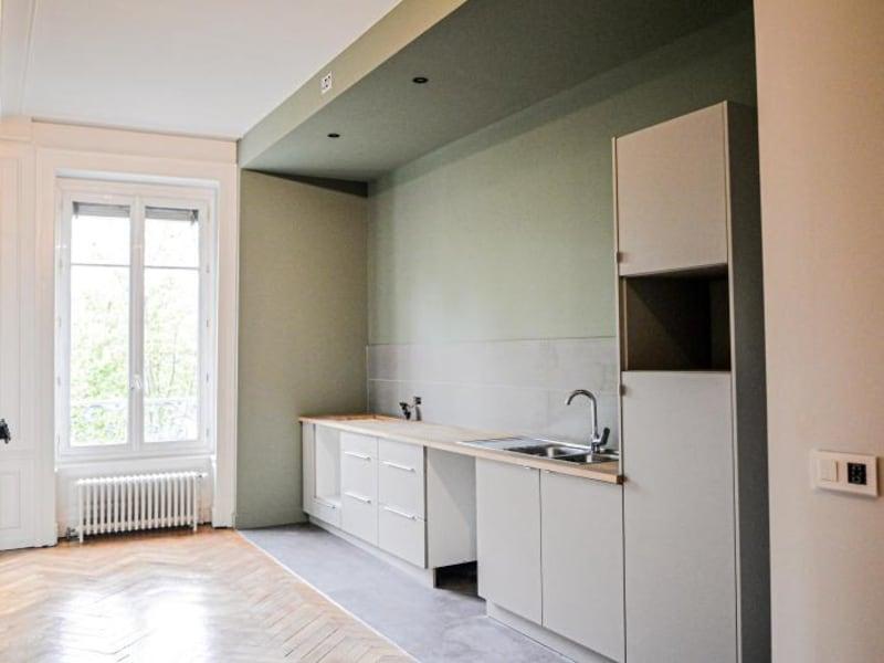 Location appartement Lyon 6ème 2480€ CC - Photo 3