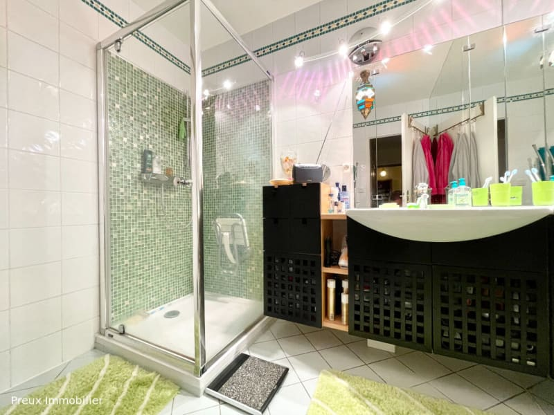 Sale apartment Gaillard 388000€ - Picture 9