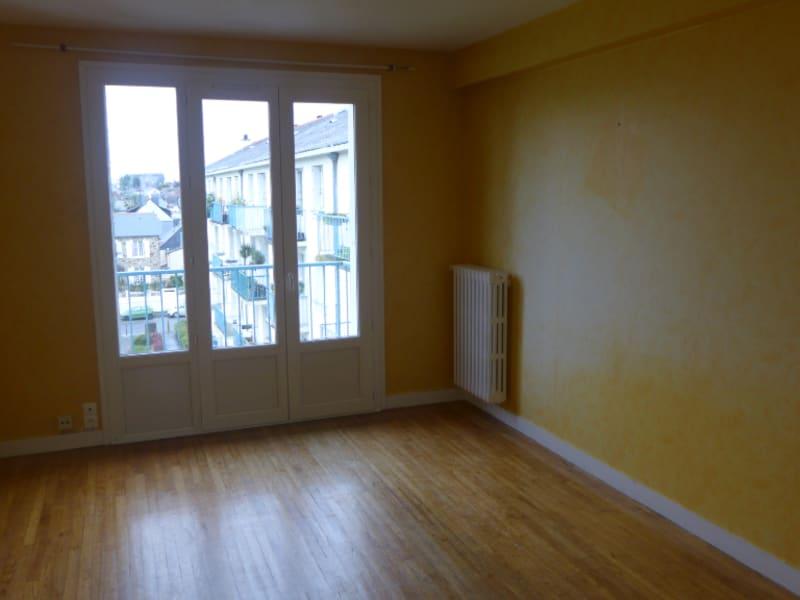 Location appartement Rennes 745€ CC - Photo 1