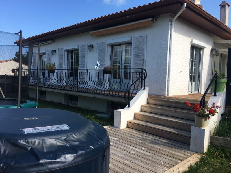 FOURAS grande maison familiale 400m de la plage emplacement camp