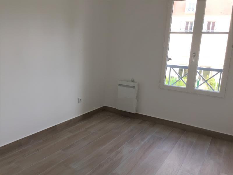 Location appartement Buc 1209€ CC - Photo 2