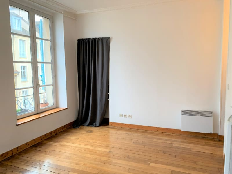 Rental apartment Saint germain en laye 756,57€ CC - Picture 4