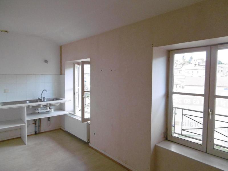 Location appartement L arbresle 740€ CC - Photo 2