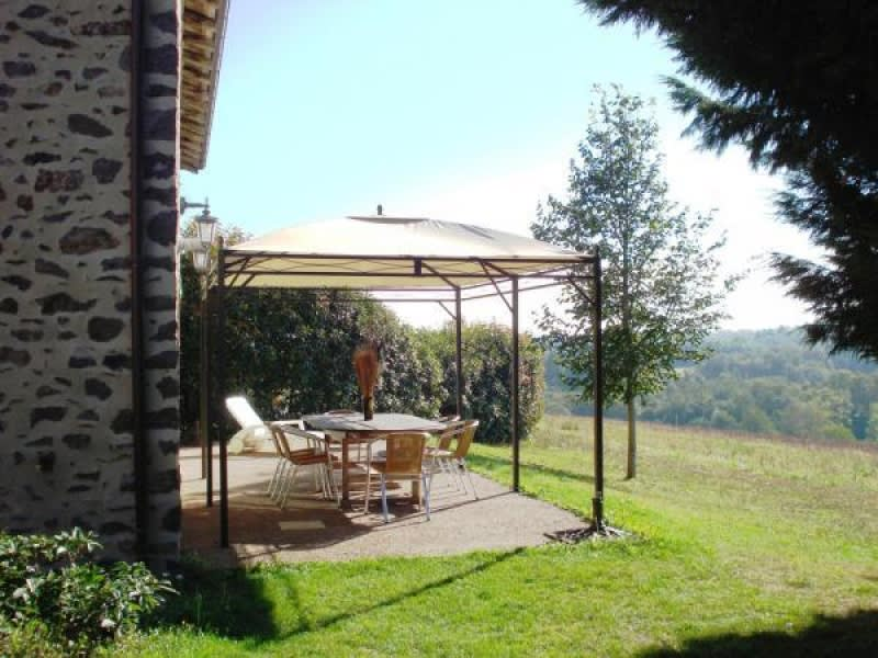 Vente maison / villa Rochechouart 262300€ - Photo 2