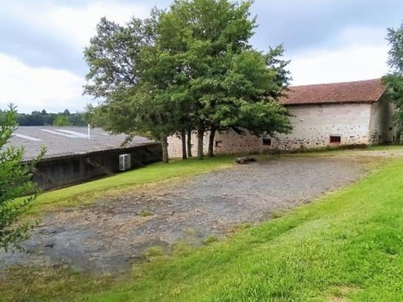 Vente maison / villa Rochechouart 262300€ - Photo 4