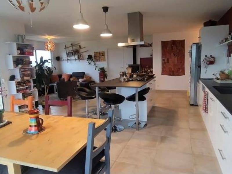 Sale house / villa Rochechouart 277000€ - Picture 1