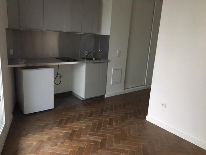 Rental apartment Bois colombes 791€ CC - Picture 2