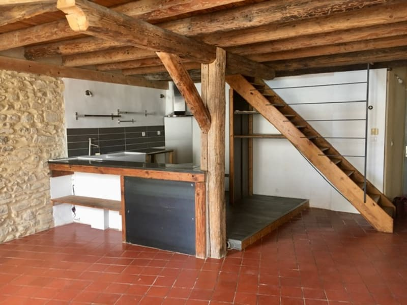 Sale apartment Nimes 133000€ - Picture 2