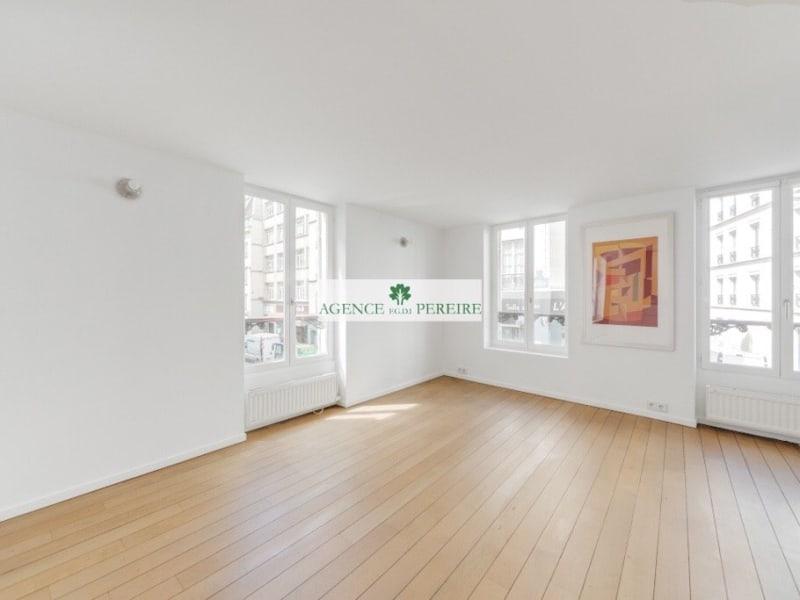 Sale apartment Paris 10ème 520000€ - Picture 1