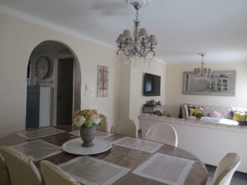 Sale apartment Montpellier 220000€ - Picture 2