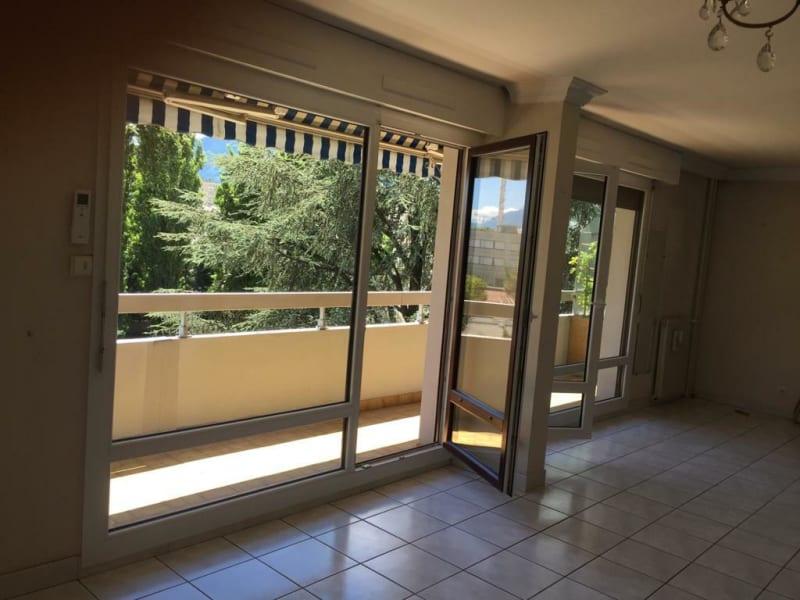 Sale apartment Grenoble 163000€ - Picture 2