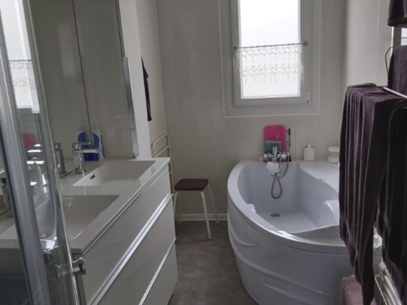 Vente maison / villa Chauray 229000€ - Photo 7