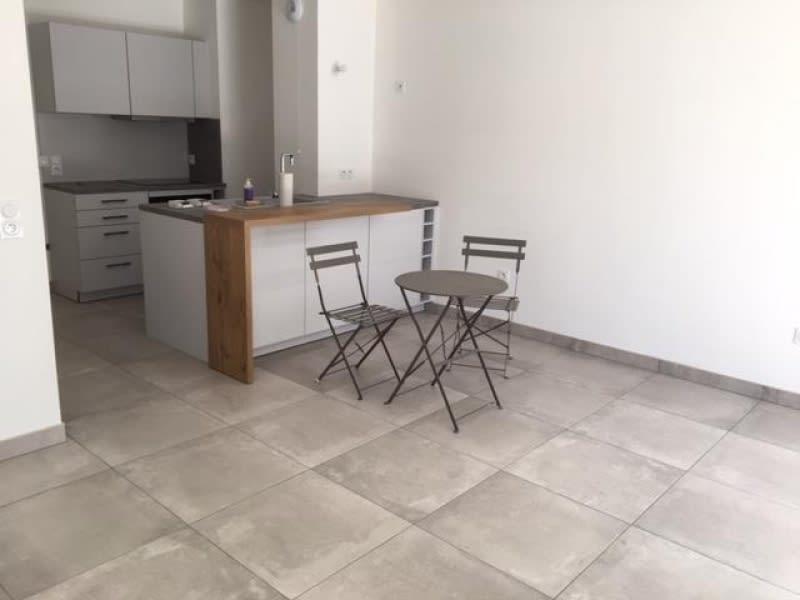 Rental apartment La garenne colombes 1150€ CC - Picture 2