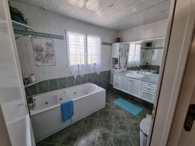 Sale house / villa Hurbache 369900€ - Picture 13