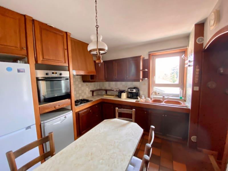 Sale apartment Rives 235000€ - Picture 4