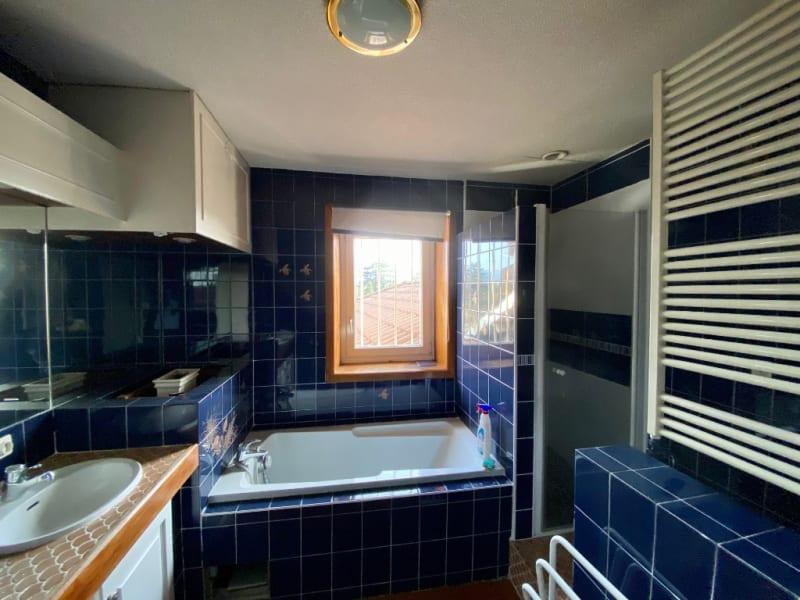 Sale apartment Rives 235000€ - Picture 5