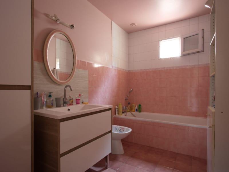 Vente maison / villa Aix en provence 546000€ - Photo 9