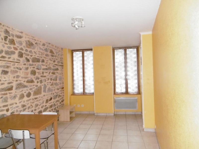 Location appartement Tarare 275€ CC - Photo 1
