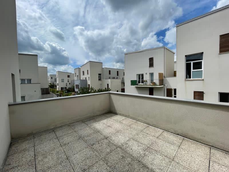 Sale apartment Val de reuil 109000€ - Picture 2