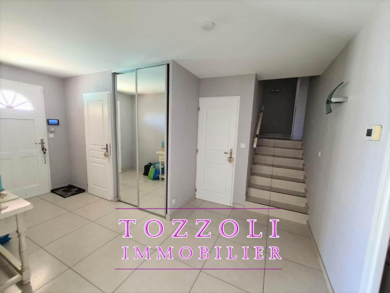 Vente maison / villa L isle d abeau 430000€ - Photo 5