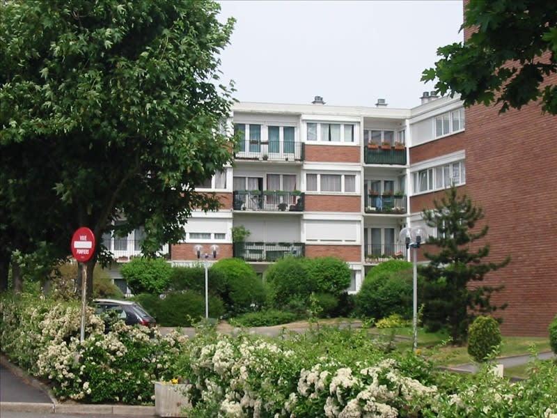 Rental apartment Palaiseau 988€ CC - Picture 1